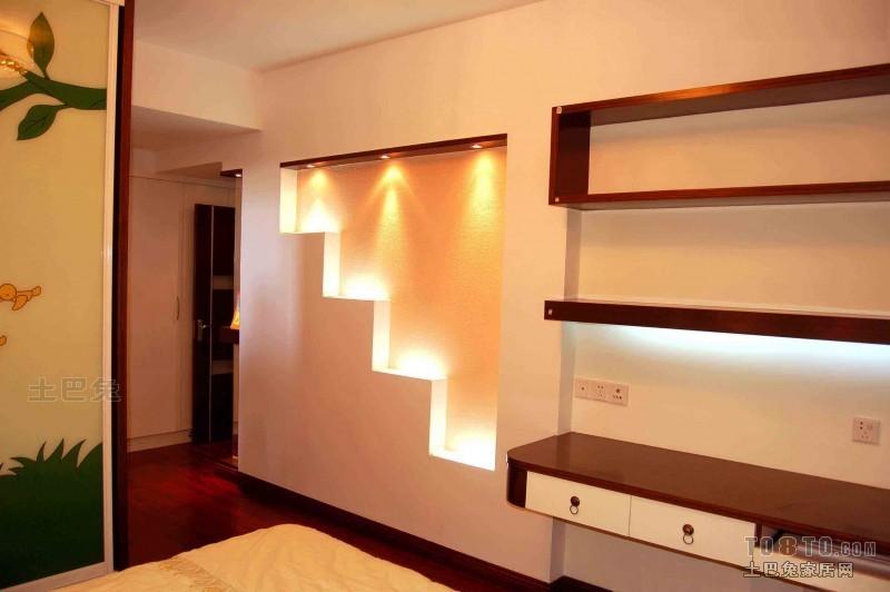 温馨52平混搭复式卧室装饰美图卧室潮流混搭卧室设计图片赏析