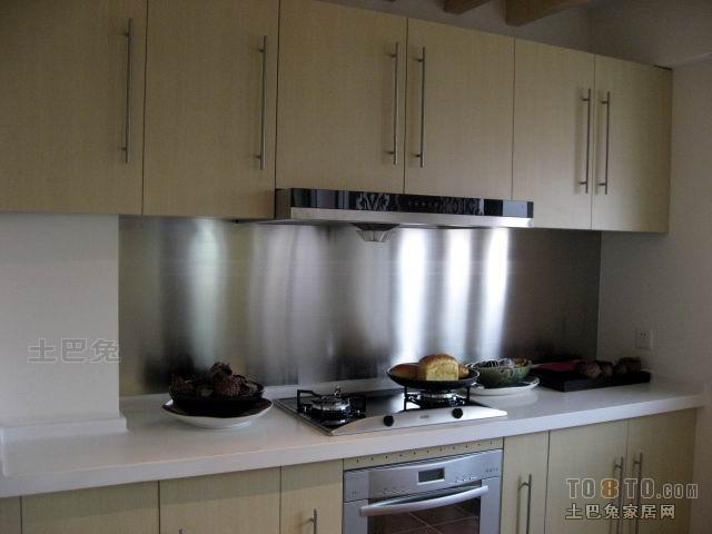 平米三居厨房混搭装饰图餐厅潮流混搭厨房设计图片赏析