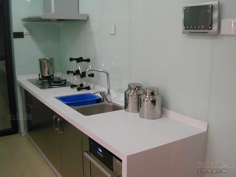 简洁55平混搭二居厨房装饰图片餐厅潮流混搭厨房设计图片赏析
