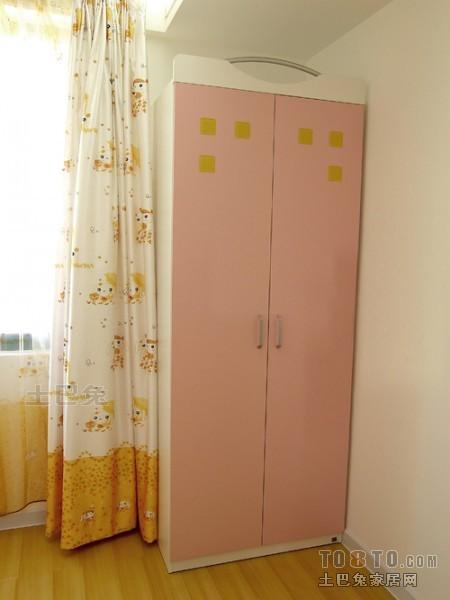 热门四居儿童房混搭装修效果图卧室潮流混搭卧室设计图片赏析