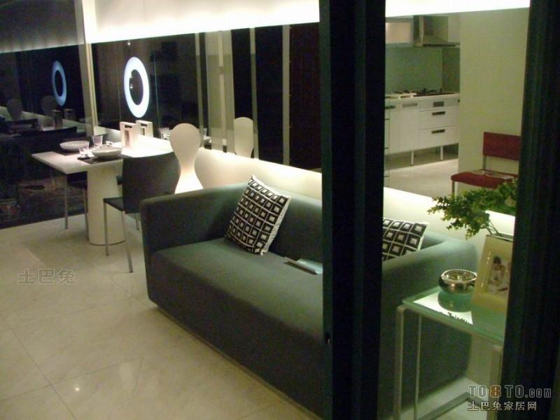 热门大小71平混搭二居客厅装修实景图片欣赏客厅潮流混搭客厅设计图片赏析