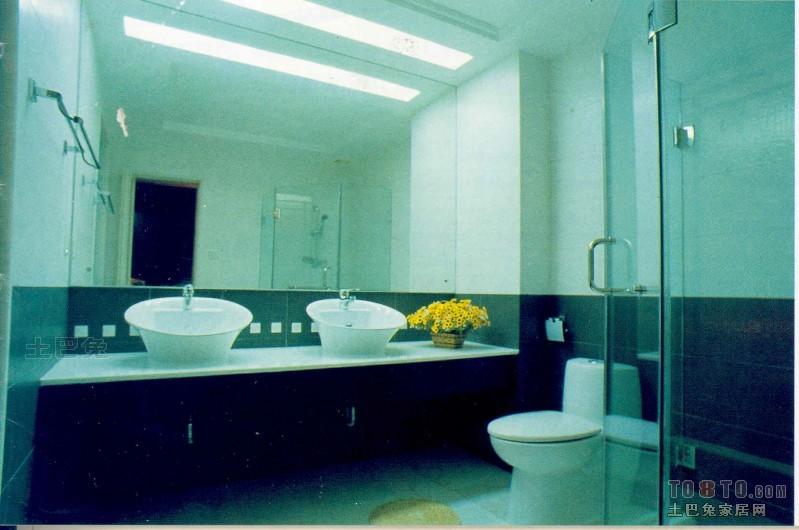 轻奢92平混搭三居卫生间设计案例卫生间潮流混搭卫生间设计图片赏析