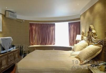 华丽114平混搭三居卧室案例图卧室潮流混搭卧室设计图片赏析