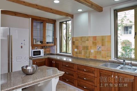 原木色调厨房装修效果图大全餐厅潮流混搭厨房设计图片赏析