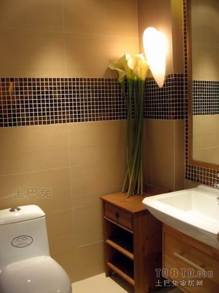 2018二居卫生间混搭装修设计效果图卫生间潮流混搭卫生间设计图片赏析