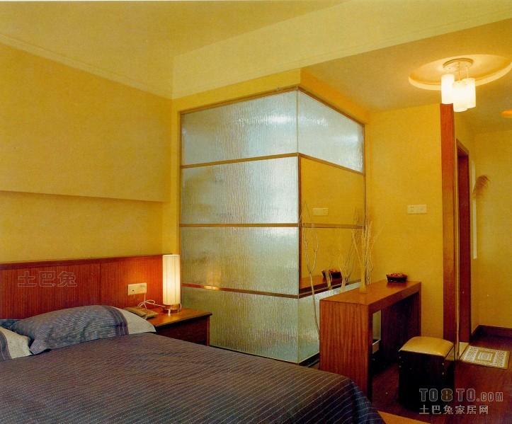 简洁97平混搭三居卧室美图卧室潮流混搭卧室设计图片赏析