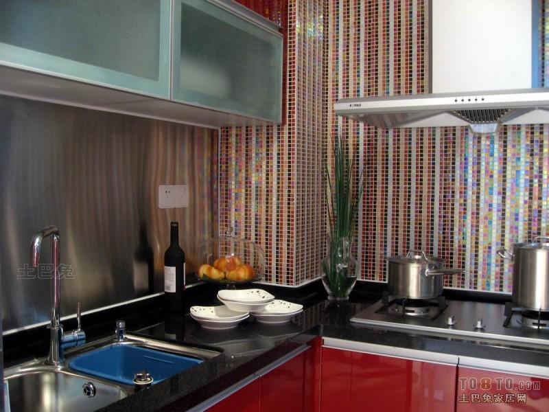 精美二居厨房混搭装修设计效果图片大全餐厅潮流混搭厨房设计图片赏析