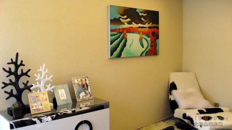 2018精选132平米四居卧室混搭装修设计效果图片卧室潮流混搭卧室设计图片赏析