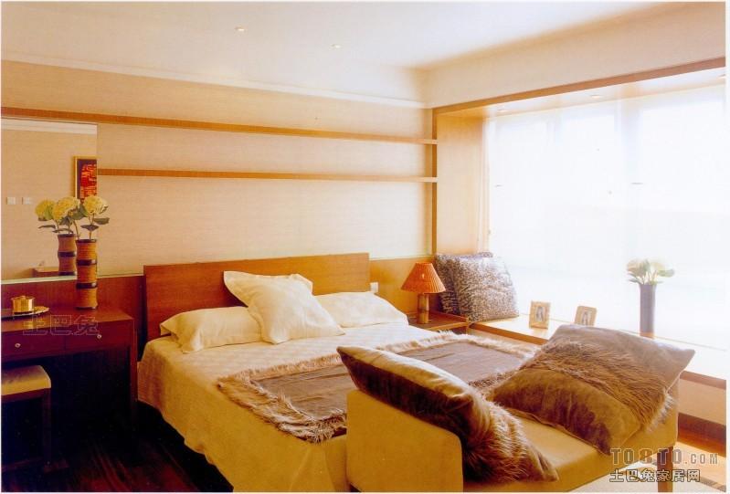 轻奢112平混搭三居卧室美图卧室潮流混搭卧室设计图片赏析