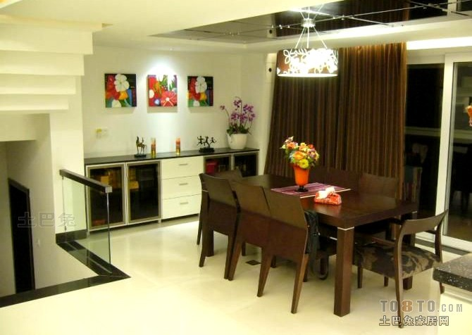 温馨67平混搭复式餐厅效果图厨房潮流混搭餐厅设计图片赏析