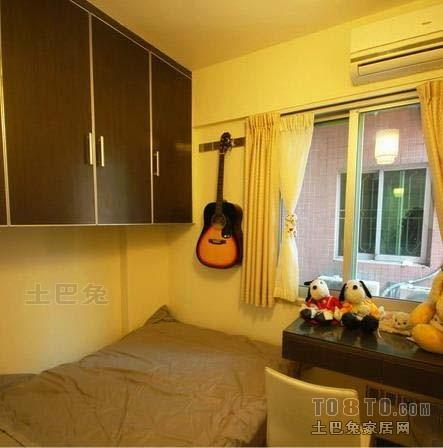 简洁88平混搭二居卧室装修装饰图卧室潮流混搭卧室设计图片赏析