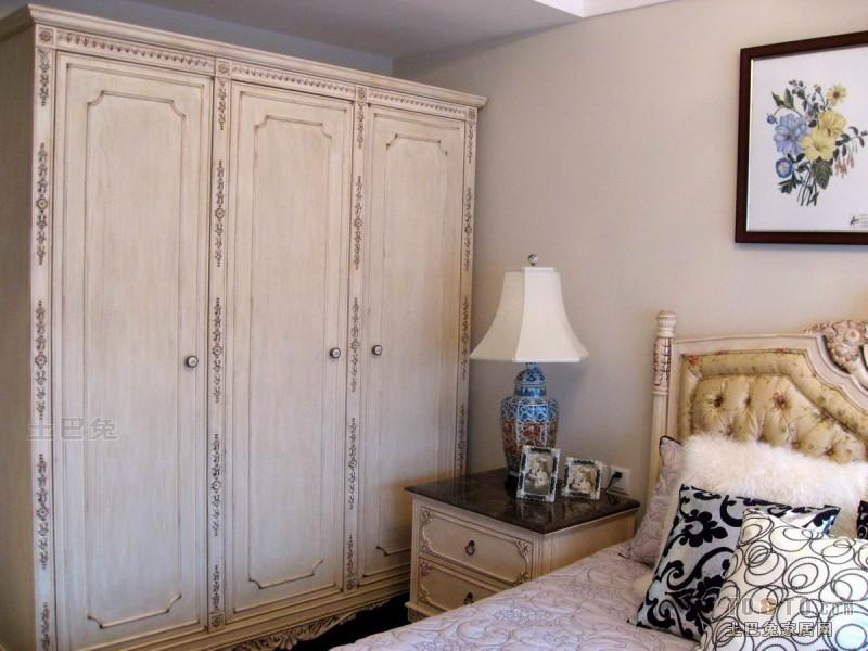 2018面积122平混搭四居卧室实景图片卧室潮流混搭卧室设计图片赏析