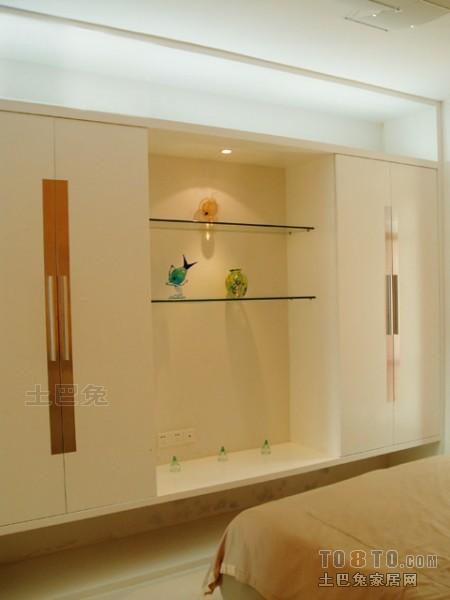热门96平米三居卧室混搭欣赏图卧室潮流混搭卧室设计图片赏析