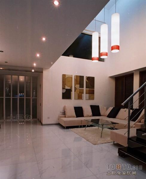 大气68平混搭复式客厅效果图客厅潮流混搭客厅设计图片赏析