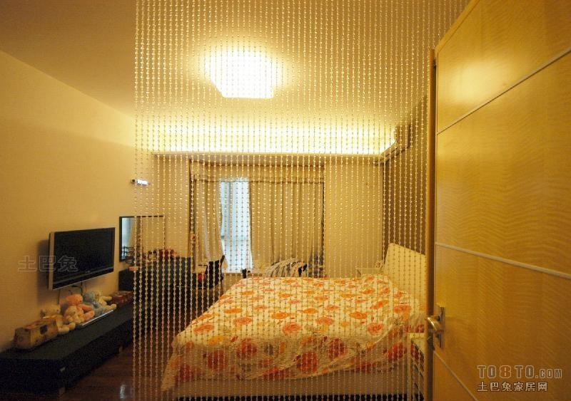 热门大小96平混搭三居卧室效果图片卧室潮流混搭卧室设计图片赏析