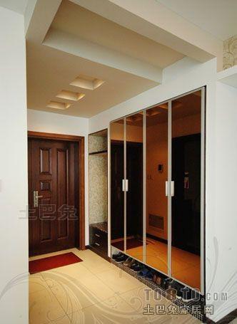 热门109平米三居玄关混搭装修实景图片玄关潮流混搭玄关设计图片赏析