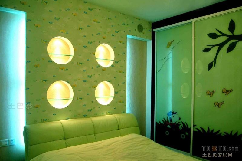 大气77平混搭复式卧室装修效果图卧室潮流混搭卧室设计图片赏析
