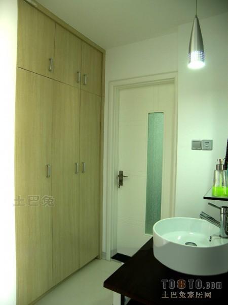热门大小100平混搭三居卫生间装修设计效果图卫生间潮流混搭卫生间设计图片赏析