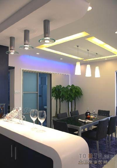 2018精选大小94平混搭三居餐厅装修设计效果图片大全厨房潮流混搭餐厅设计图片赏析