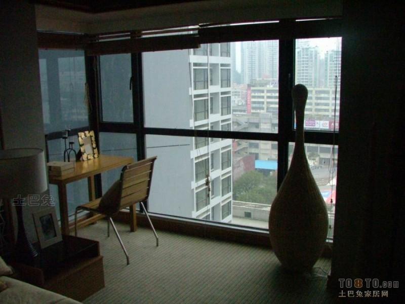 精选75平方二居卧室混搭装修实景图卧室潮流混搭卧室设计图片赏析