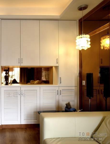 轻奢126平混搭四居客厅图片欣赏客厅潮流混搭客厅设计图片赏析