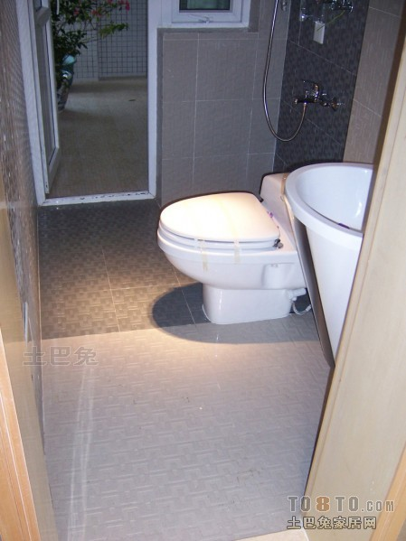 精选混搭三居卫生间装修设计效果图片欣赏卫生间潮流混搭卫生间设计图片赏析