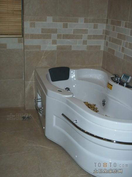 精选73平米二居卫生间混搭装修效果图卫生间潮流混搭卫生间设计图片赏析