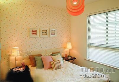 浪漫80平混搭三居卧室布置图卧室潮流混搭卧室设计图片赏析