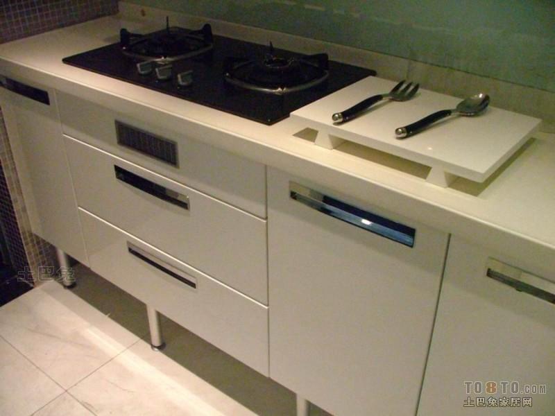 精美混搭二居厨房效果图餐厅潮流混搭厨房设计图片赏析