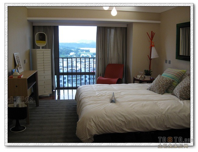 精选95平方三居卧室混搭效果图片欣赏卧室潮流混搭卧室设计图片赏析