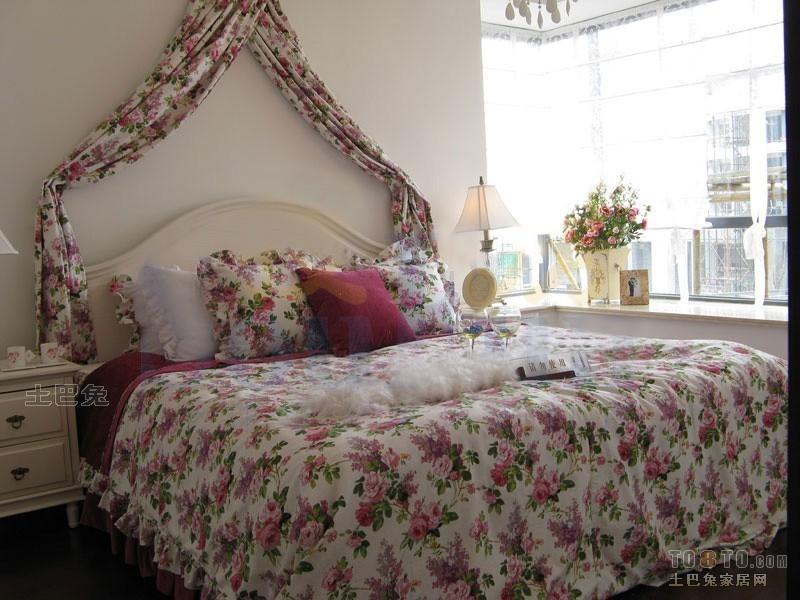 典雅70平混搭三居卧室装修美图卧室潮流混搭卧室设计图片赏析
