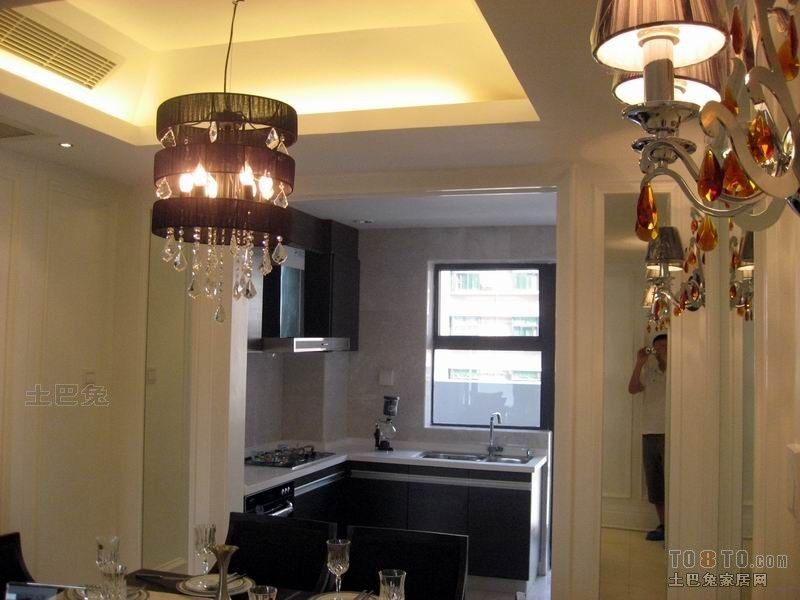 精选104平米三居厨房混搭欣赏图片餐厅潮流混搭厨房设计图片赏析