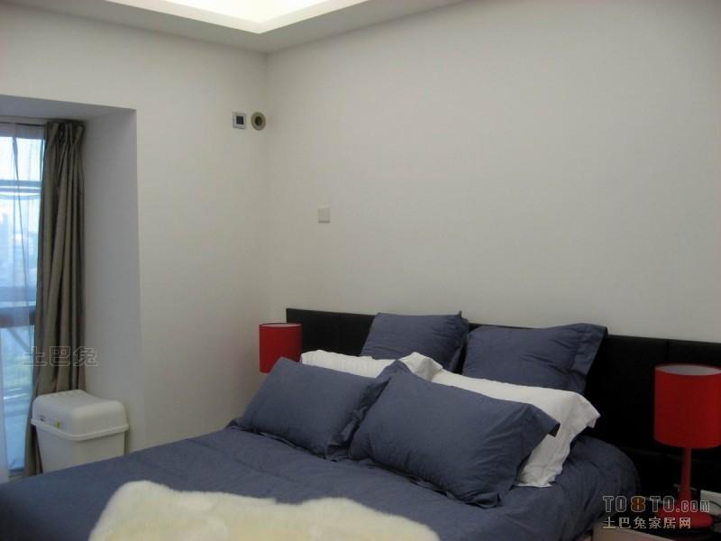 精选85平米二居卧室混搭装修设计效果图卧室潮流混搭卧室设计图片赏析
