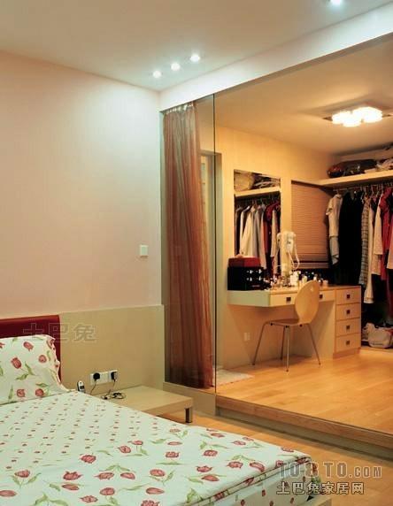 2018大小99平混搭三居卧室装修欣赏图卧室潮流混搭卧室设计图片赏析