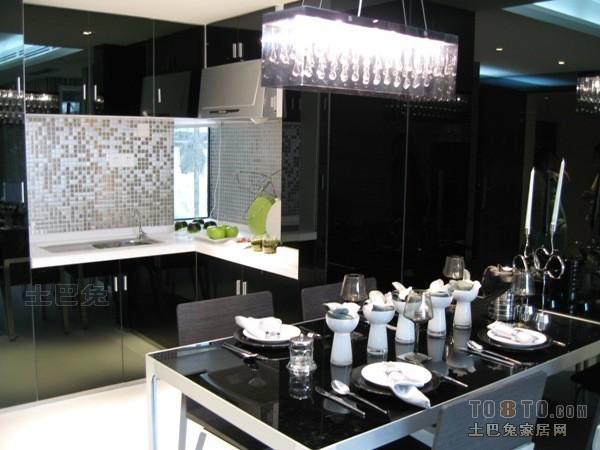 精选88平米二居餐厅混搭装修欣赏图厨房潮流混搭餐厅设计图片赏析