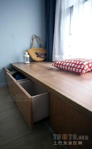 温馨71平混搭复式卧室装修图片卧室潮流混搭卧室设计图片赏析
