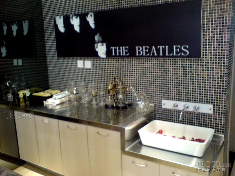 浪漫63平混搭二居厨房装修效果图餐厅潮流混搭厨房设计图片赏析