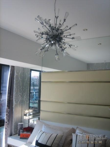 质朴59平混搭二居卧室设计效果图卧室潮流混搭卧室设计图片赏析