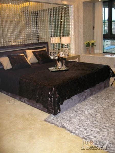 热门大小108平混搭三居卧室装饰图片卧室潮流混搭卧室设计图片赏析