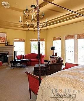 100平米三室两厅房屋主卧
