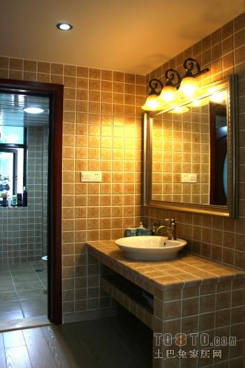 2018混搭四居卫生间欣赏图卫生间潮流混搭卫生间设计图片赏析
