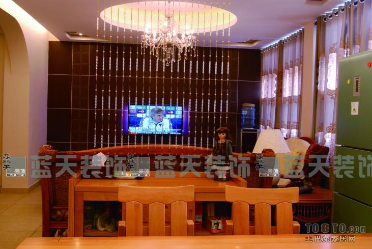 混搭3室客厅实景图103平客厅潮流混搭客厅设计图片赏析