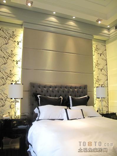 面积94平混搭三居卧室实景图片卧室潮流混搭卧室设计图片赏析