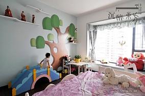 热门面积117平混搭四居客厅实景图片