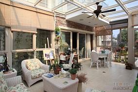 2013阳台玻璃移门装修效果图大全