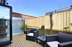 露天阳台实木地板装修效果图