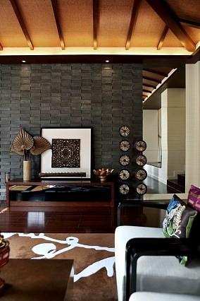 热门面积123平别墅客厅东南亚装饰图