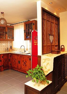 2018137平米东南亚复式厨房装修效果图片