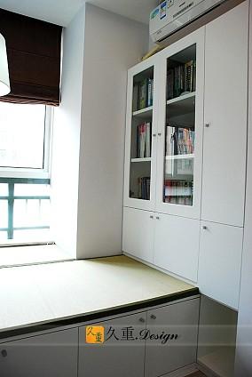 简约书房榻榻米地台图片