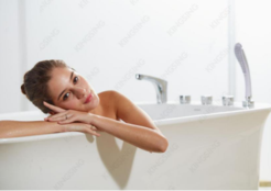 你离梦想中的生活,就差一个浴缸